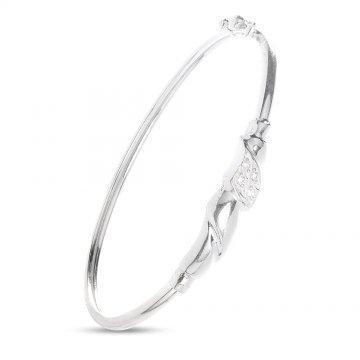 Дамска сребърна твърда гривна с бели камъни 4898