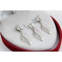 Дамски сребърен комплект с бели камъни 5035