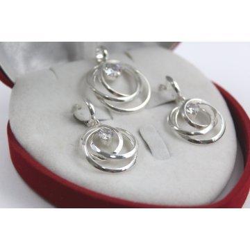 Дамски сребърен комплект обеци медальон бели камъни 5084