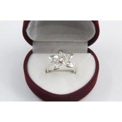 Дамски сребърен годежен пръстен - Кристална Прелест 680