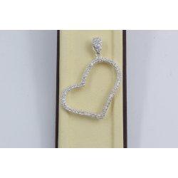Дамски сребърен медальон Сърце бели камъни 760