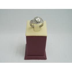 Стоманен дамски пръстен с бели камъни 2730