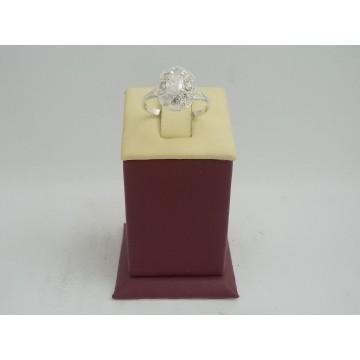 Сребърен женски пръстен с бели циркони 3220