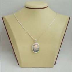 Сребърен отварящ се медальон за снимкa - елипса гравирана 3253