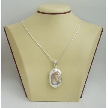 Сребърен отварящ се медальон за снимкa - елипса гравирана 3255