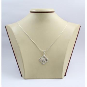 Дамски сребърен медальон с бели камъни Баронеса 3386