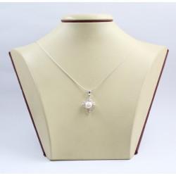 Дамски сребърен медальон с бели камъни и перла 3410
