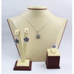 Дамски сребърен комплект от тъмно сребро Рози 3437