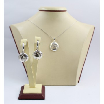 Дамски сребърен комплект обеци и медальон 3446
