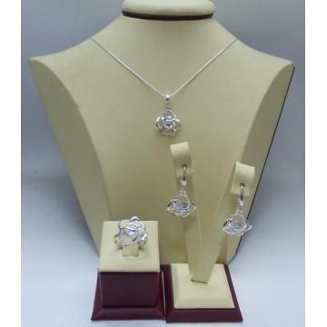 Дамски сребърен комплект Роза Бланка