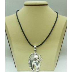 РАЗПРОДАЖБА -50% Сребърен медальон конска глава